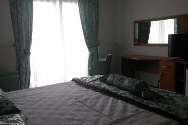 Deniz Manzaralı Duble Yataklı Odalar